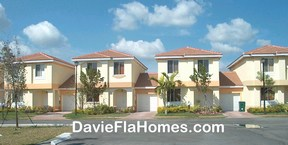 Hidden Cove townhomes in Davie Florida